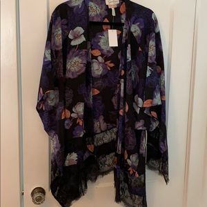 New Jessica Simpson Nursing Wrap Ruana Floral